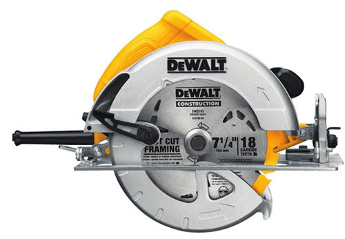 9. DeWalt DWE575SB 7-1/4-Inch Lightweight Circular Saw with Electric Brake