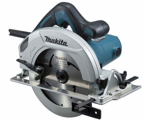 8. Makita HS7600 Circular Saw, 7-1/4″